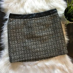 GAP Textured Metallic Tweed Like Mini Skirt 2 EUC